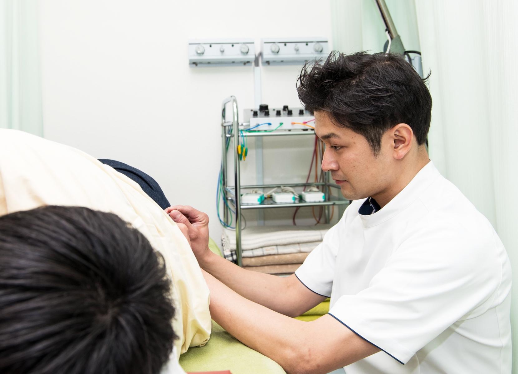 接骨院で交通事故施術が可能です